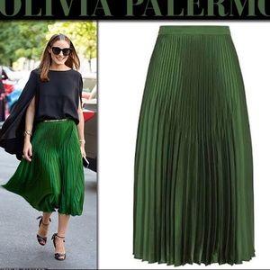 Vince Chevron Pleated Silk Skirt